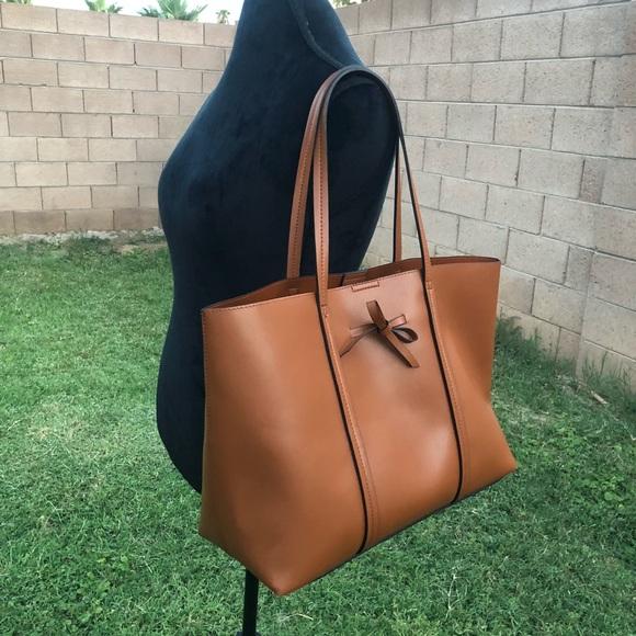 41cc1910e Sole Society Nico Vegan Oversize City Tote bag. M_5b629d2104ef50881ed2f0d7